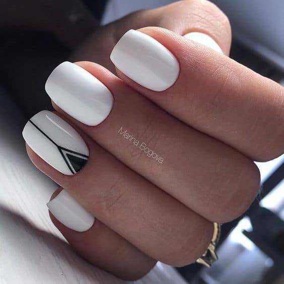Blancas y negras con triángulo