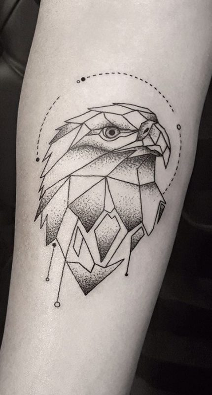 tatuaje leon minimalista