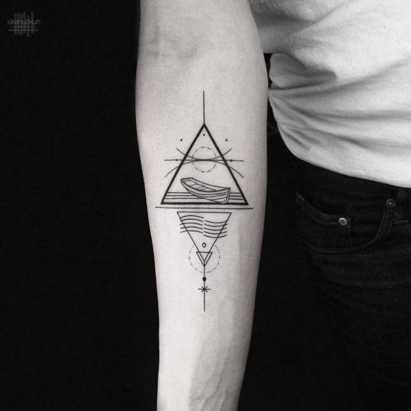 diseños tatuajes Triangulos con lineas Kandinsky