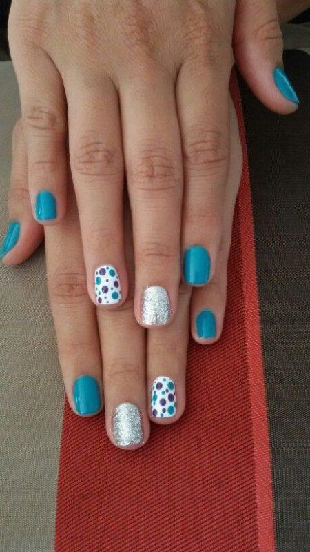 Decoradas con brillantina colores azules y blancas